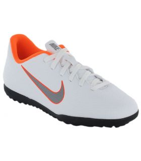 finest selection c789c d0f11 pFootball boots strongNike Jr. MercurialX Vapor XII Club TFstrong to  child and child to smallto wrap around the foot to deliver long-lasting  comfort ...