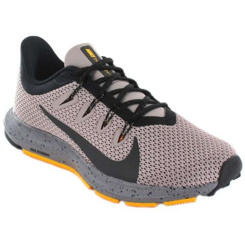 Nike Quest 2 IS W Nike Running Shoes Woman running Shoes Running Sizes: 37,5, 38, 39, 40, 41; Color: gray