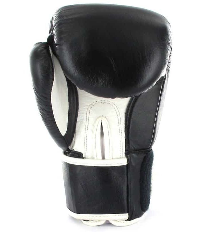 Boxing gloves 108 Black BoxeoArea Boxing Gloves Boxing Sizes: 10 oz, 12 oz; Color: black