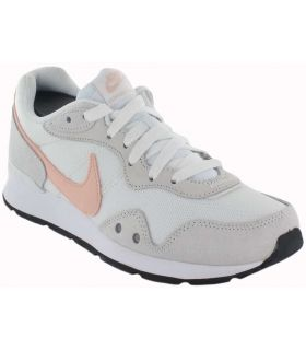 Nike Venture Runner W White Nike Footwear Casual Woman Lifestyle Guts: 37.5, 38, 39, 40, 41; Color: white